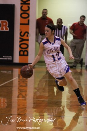 Otis-Bison_Girls_vs_Hoisington_12-9-11_0170